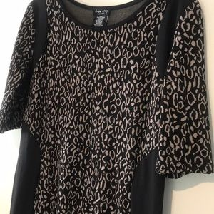 Dresses & Skirts - Black dress in size